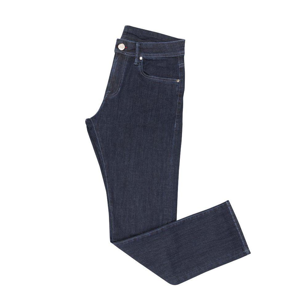Jean azul oscuro en algodón con elastano, costuras y ojal