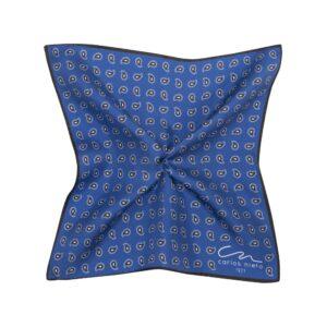 Pañuelo azul oscuro con estampado de pequeñas flores en blanco y negro en seda de origen Español.