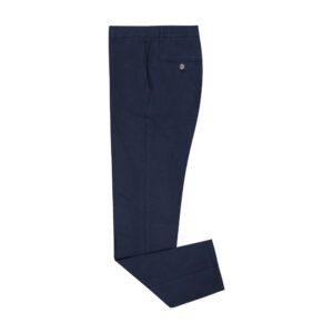Pantalón azul oscuro micro diseño, silueta Slim fit tipo chino de origen Español. Confeccionado en algodón-elastano