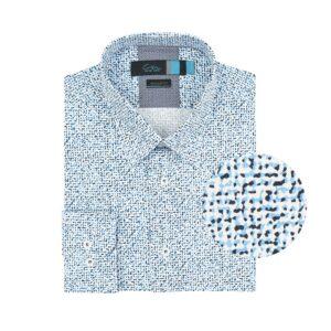 Camisa manga larga, fondo blanco con estampado camuflado en tonalidades azules. Regular fit, cuello abierto con botón escondido. Algodón de origen esloveno.