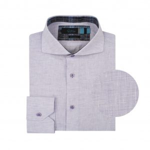 Camisa lila en fibra natural 100% Lino. Silueta ligera, contrastes internos y cuello abierto con button under.