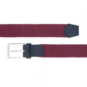 Cinturón trenzado con mezcla de tonos rojos y negros.