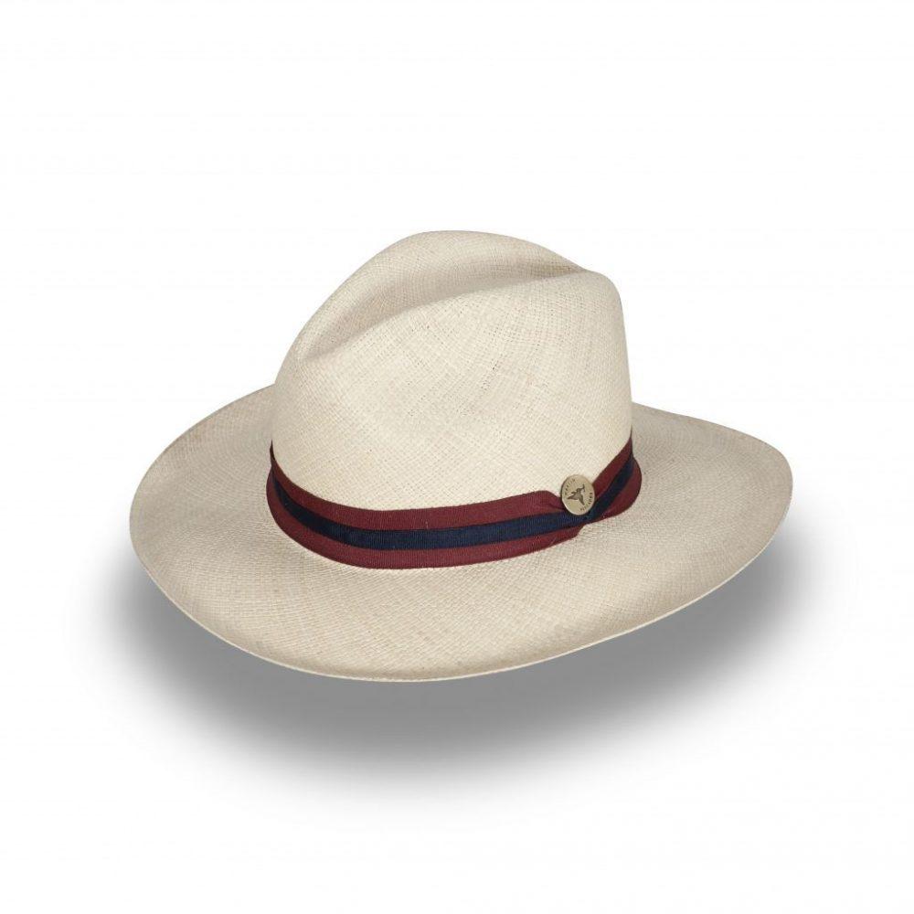 Sombrero elaborado en 100% Paja Toquilla de ala corta y detalle de cinta combinada.