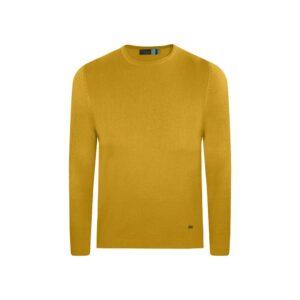 Suéter ocre cuello redondo borde en rollo. Tejido mezcla acrilico/ modal.